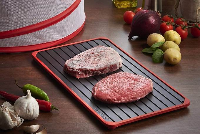 How to Buy the Best Defrosting Tray