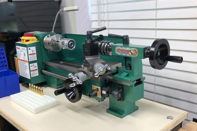 How to Buy the Best Mini Lathe