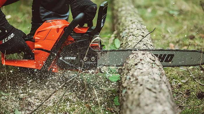How to Buy the Best Professional Chainsaws