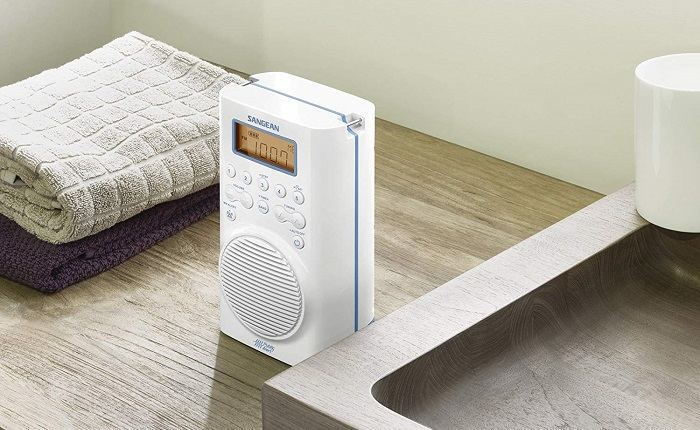 How to Buy the Best Shower Radio