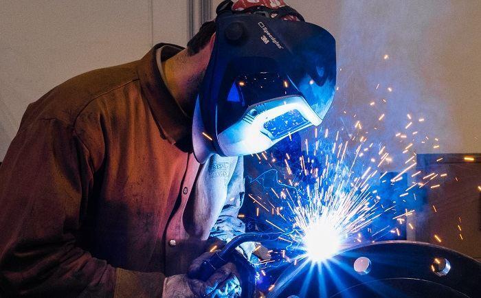 How to Buy the Best Welding Helmet Under $100