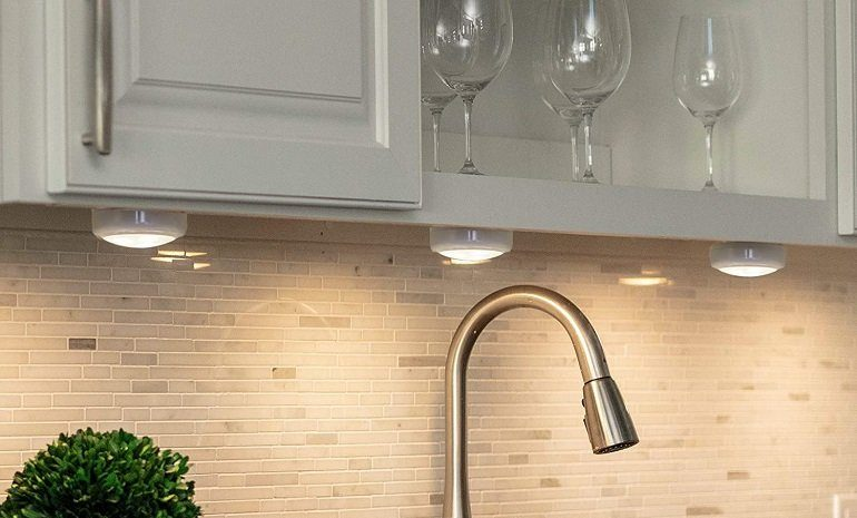 How to Buy the Best LED Under Cabinet Lighting