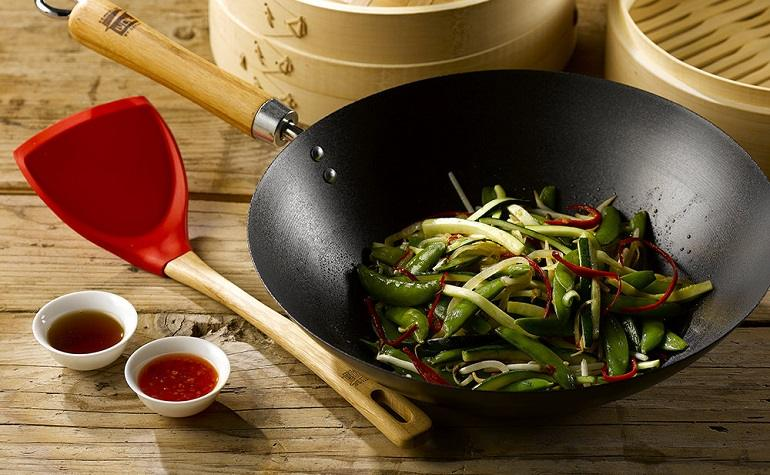 How to Season A Carbon Steel Wok