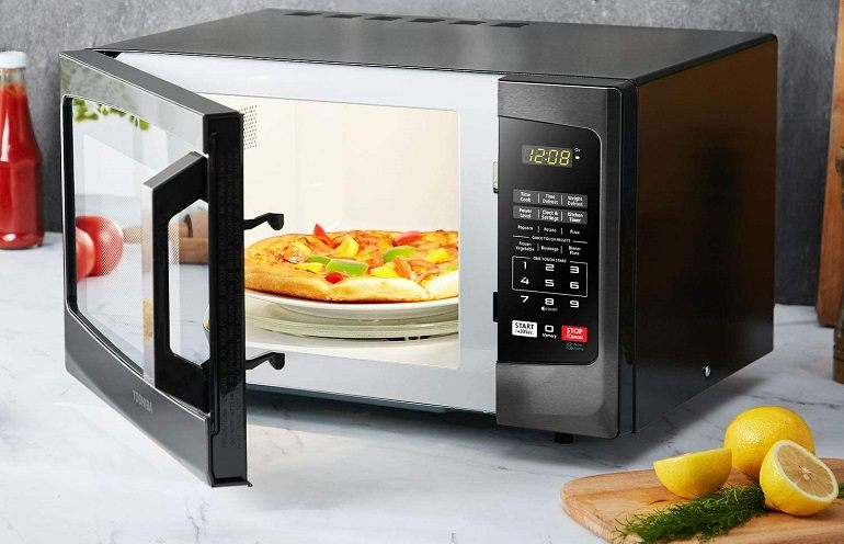 How to Buy the Best Small Microwaves