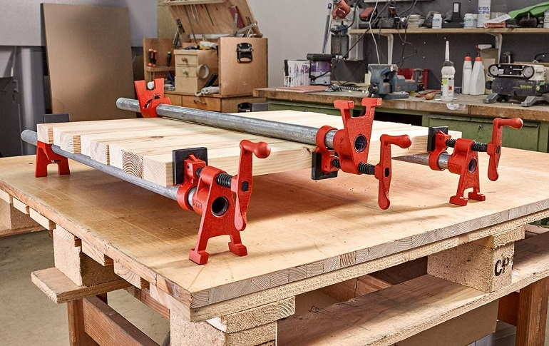 How to Buy the Best Woodworking Clamps